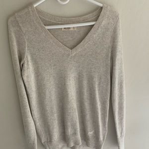 Oatmeal/cream colored sweater from Hollister